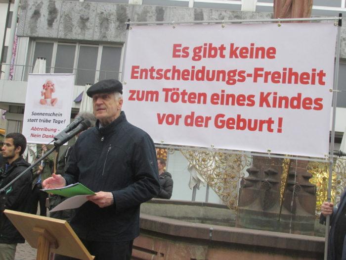 ® Billy Six Abschlußkundgebung auf dem Kartoffelmarkt in Freiburg/Breisgau